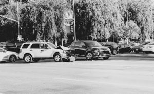 Albuquerque, NM – Car Crash at Intersection of Coal Ave and Wellesley Dr