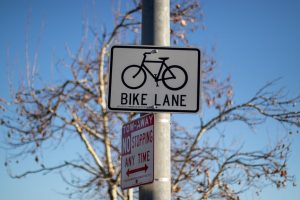 Manhattan, NY – Bicyclist Hospitalized Following Crash on E 86th St