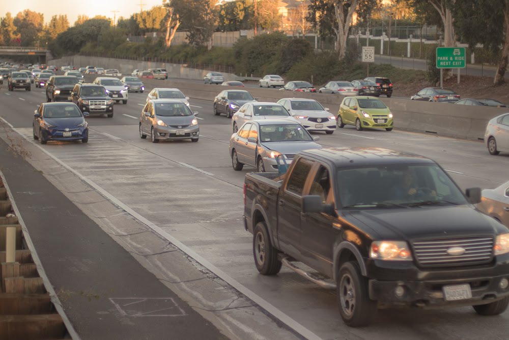 Albuquerque, NM – Two-Vehicle Accident on I-40 at 12th St Results in Injuries
