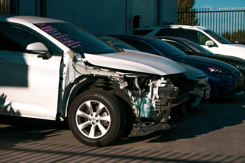 Long Beach, NY – One Injured in Car Crash on East Park Ave