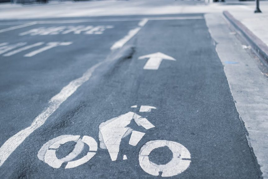 Albuquerque, NM – Bicyclist Hurt in Collision on I-25 at Alameda Blvd