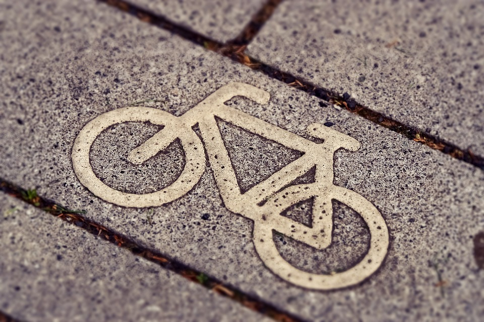 Brooklyn, NY – Bicyclist Struck by Vehicle at Dumont Ave & E 98th St